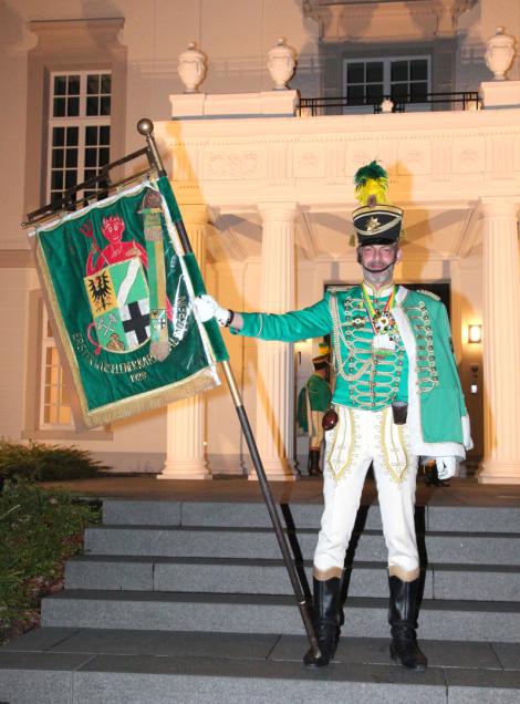Prinzengarde, Uniform, Karneval